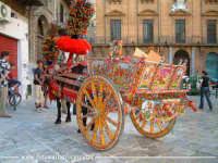 Carretto siciliano in Piazza Bologni a Palermo. PALERMO Walter Lo Cascio