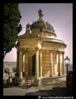 CAppella Gentilizia della Famiglia Calefati al Cimitero Angeli di Caltanissetta.  - Caltanissetta (9305 clic)