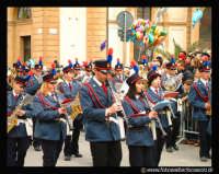 Caltanissetta: Banda musicale Municipale di Caltanissetta. Mercoledì Santo 2002.  - Caltanissetta (5444 clic)