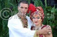 Agira. Carnevale Estivo di Agira 2006. Unica manifestazione del carnevale Estivo in Sicilia. Si svolge ogni anno a meta' Agosto.  - Agira (1374 clic)