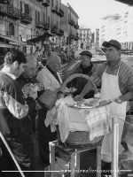 Venditore di frittula a Porta Carini.   - Palermo (13921 clic)