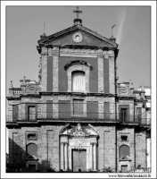 Caltanissetta. Chiesa San'Agata al Collegio in Corso Umberto I. Vista Frontale. Bianco e Nero #4  - Caltanissetta (2891 clic)