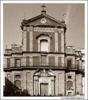 Caltanissetta. Chiesa San'Agata al Collegio in Corso Umberto I. Vista frontale. Seppiata #5  - Caltanissetta (2634 clic)