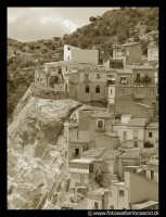 Panorama del paese.  - Gagliano castelferrato (3900 clic)