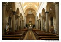 Francavilla di Sicilia. Chiesa SS Annunziata. interno. Navata centrale   - Francavilla di sicilia (8396 clic)