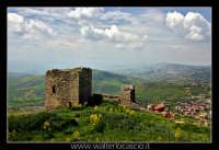 Agira. Il Castello Medioevale di Agira.  - Agira (2410 clic)