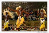 Agrigento. Festa del Mandorlo in fiore. Edizione 2006. Gruppi folkloristici si esibiscono durante la premiazione.   - Agrigento (2341 clic)