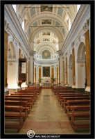 Caltanissetta. Chiesa di San Domenico. Navata centrale.   - Caltanissetta (5131 clic)