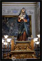 Caltanissetta. Le Vare del Giovedì Santo a Caltanissetta. Giovedì Santo a Caltanissetta, edizione 2006. L'Addoolorata.  - Caltanissetta (5313 clic)