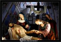 Caltanissetta. Le Vare del Giovedi Santo a Caltanissetta. Giovedi' Santo a Caltanissetta, edizione 2006. Le vare all'interno della Cattedrale Santa Maria la Nova.  - Caltanissetta (3174 clic)