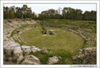 Siracusa: Parco Archeologico della Neapolis - L'ANFITEATRO ROMANO (II-IV secolo d.c.).  - Siracusa (5161 clic)