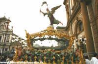 Le vare del Giovedì Santo a Caltanissetta. LA SACRA URNA  - Caltanissetta (9489 clic)