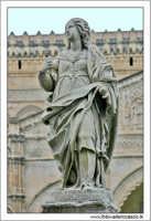 Palermo. La Cattedrale di Palermo. Le statue.  PALERMO Walter Lo Cascio