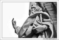Palermo. La Cattedrale di Palermo. Le statue. Gesti convenzionali! PALERMO Walter Lo Cascio