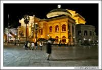 Palermo. Piazza Verdi. Teatro Massimo By night #3 PALERMO Walter Lo Cascio