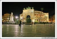 Palermo. Piazza Castelnuovo. Teatro Garibladi Politeama by night. PALERMO Walter Lo Cascio