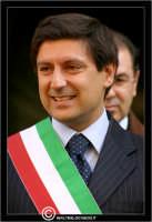 Caltanissetta. Il Sindaco Salvatore Messana, durante la cerimonia del Mercolediì Santo.   - Caltanissetta (3784 clic)