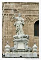 Statue. La Cattedrale di Palermo #11 PALERMO Walter Lo Cascio