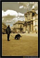 Siracusa - Ortigia: Piazza Duomo. Visione d'insieme. #5  - Siracusa (2631 clic)