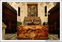 Mazzarino (CL). Chiesa Madre. Interno, l'altare. MAZZARINO Walter Lo Cascio