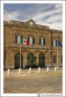 Siracusa - Ortigia - Lungomare: Capitaneria di Porto.  - Siracusa (2314 clic)