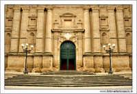 Mazzarino (CL). Chiesa Madre. Prospetto.  - Mazzarino (2928 clic)