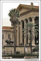 Palermo.  Il teatro Massimo.  PALERMO Walter Lo Cascio