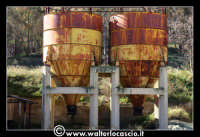 Caltanissetta: Miniera Trabonella. Reportage sulle miniere di zolfo di Caltanissetta.Vecchie attrezzature abbandonate. Zolfo  - Caltanissetta (2683 clic)