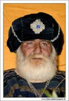 Agira. Natale 2005. Il presepe vivente ad Agira, organizzato dall'Associaizone AMICI DEL PRESEPE. Il Re Magio 1.   - Agira (1588 clic)