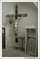 Francavilla di Sicilia. Il convento dei cappuccini. La sacrestia con il Cristo.  - Francavilla di sicilia (6225 clic)