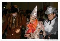 Agira. Carnevale di Agira. Edizione 2006 Carnevale Agirino. Sfilata in piazza Garibaldi. Pinocchio, con il Gatto e la volpe.  - Agira (18712 clic)