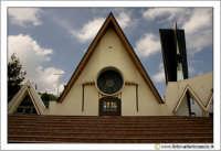 Caltanissetta, Chiesa del Sacro Cuore di Gesù in C/da Cozzo di Naro. #2  - Caltanissetta (7507 clic)