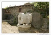 Francavilla di Sicilia. Le macine.  - Francavilla di sicilia (3824 clic)