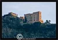 Palermo. Castello Utveggio visto da Piazza Alcide De Gasperi. PALERMO Walter Lo Cascio