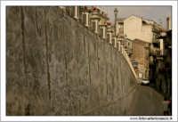Castiglione di Sicilia. Scorcio 6. Il bastione.  - Castiglione di sicilia (2124 clic)