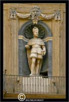 Palermo. I quattro Canti. Incrocio di Corso Vittorio Emanuele con la Via Mqueda.  Particolare. PALER