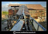 Caltanissetta: Reportage fotografico sulle miniere di Caltanissetta. Miniera Iuncio Tumminelli. Nastro trasportatore.  - Caltanissetta (1846 clic)