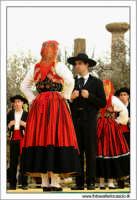 Agrigento. Festa del Mandorlo in fiore. Edizione 2006. Gruppi folkloristici si esibiscono durante la premiazione.   - Agrigento (1802 clic)