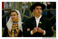 Agrigento. Festa del Mandorlo in fiore. Edizione 2006. Gruppi folkloristici si esibiscono durante la premiazione.   - Agrigento (1402 clic)