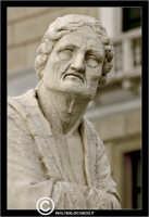 Palermo. La fontana Pretoria in Piazza Pretoria o Piazza della Vergogna. Particolare di un statua. P