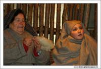 Agira. Natale 2005. Il presepe vivente ad Agira, organizzato dall'Associaizone AMICI DEL PRESEPE. La filanda 2  - Agira (1680 clic)