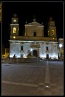 Caltanissetta. Piazza Garibaldi dopo i lavori di rifacimento della pavimentazione. Cattedrale Santa Maria La Nova. Photo Walter Lo Cascio www.walterlocascio.it  - Caltanissetta (4715 clic)