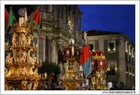Catania. Festa di Sant'Agata, 2006. LE candelore in piazza Duomo in partenza per la processione.  - Catania (2427 clic)