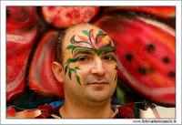 Agira. Carnevale di Agira. Edizione 2006 Carnevale Agirino. Ragazzo in maschera!  - Agira (1490 clic)