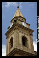Regalbuto: Chiesa di San Basilio in Piazza Della Repubblica. Particolare del campanile.  - Regalbuto (1794 clic)