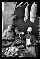 Troina: Sagra della Vastedda cu Sammucu. Stand con prodotti tipici locali.    - Troina (3953 clic)