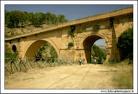 Caltanissetta. Valle dell'IMERA. Ponte di Capodarso.  - Caltanissetta (6448 clic)
