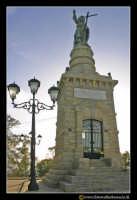 Caltanissetta: Monte San Giuliano. Statua del Santissimo Redentore. #7  - Caltanissetta (2894 clic)