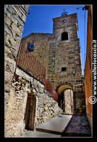 Troina: Chiesa di San Nicola a Scalforio con annessa torre campanaria.  - Troina (4150 clic)