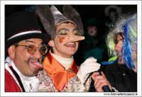 Agira. Carnevale di Agira. Edizione 2006 Carnevale Agirino. Intervista a Pinocchio da parte di Azzurra TV. Foto: Walter Lo Cascio  - Agira (3595 clic)